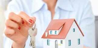 Jak sprzedawać mieszkanie — Z biurem nieruchomości czy bez?