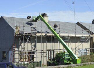 czym pokryć dach